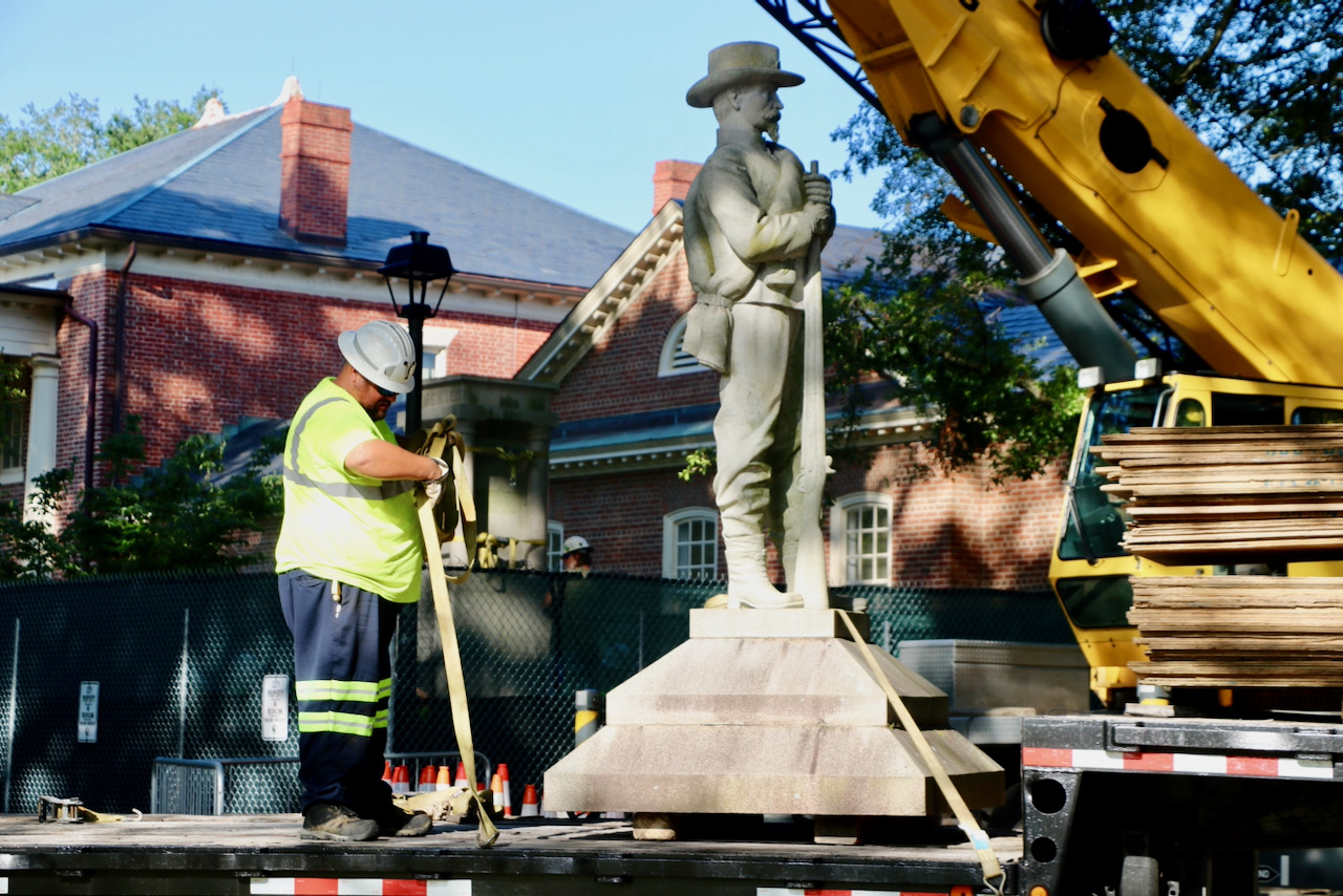 After City Council vote, Confederate monument removed from municipal center